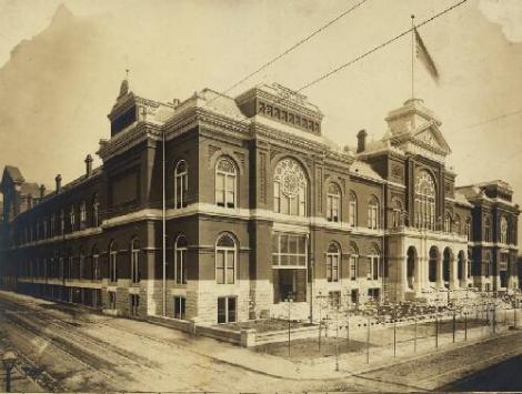 Exposition and Music Hall, exterior view. Olive Street between Thirteenth and Fourteenth Streets, St. Louis. Photograph by Emil Boehl, 1883 Missouri History Museum Archives. Public Halls n20921 {